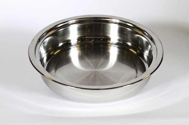 Where to find PAN 3 QT ROUND FOR SILVER CHAFER in Charlotte